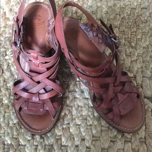 Lucky Brand leather sandals.